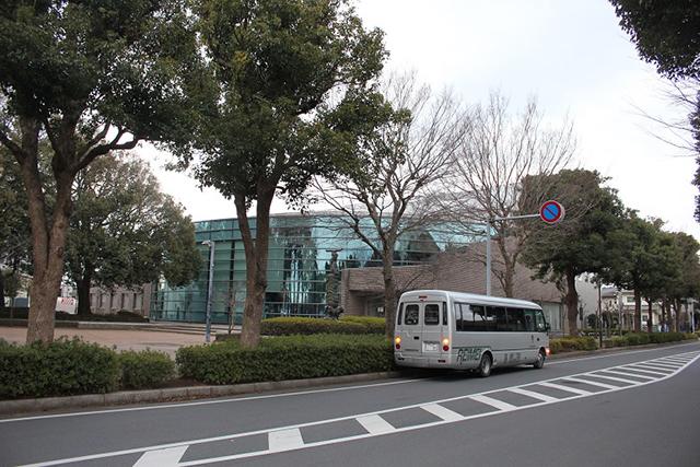 (1)西志津市民センター前